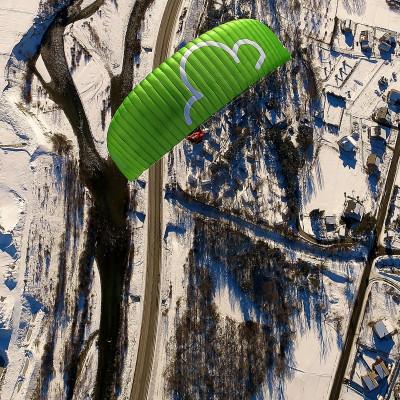 parapente litlle cloud EZ en vol hivernal